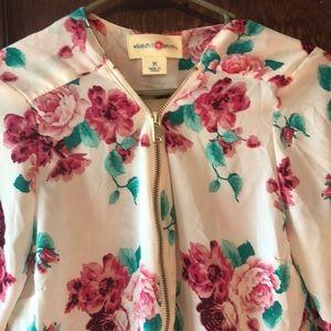 Wishful Park size M blouse